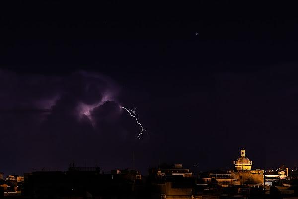Lightning storm on the horizon di cerasia80