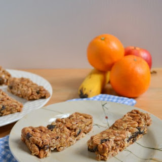 No-Bake Cherry Almond Granola Bars