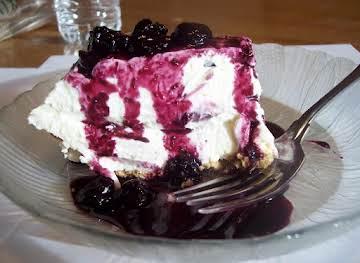 Blueberries and cream pie