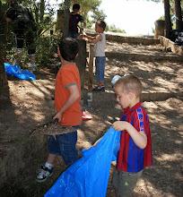 Photo: Tots els voluntaris hi són benvinguts, sobretot els petits que després compartiran una xocolatada.