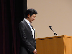 Photo: いよいよ福岡支部代表、山崎先生