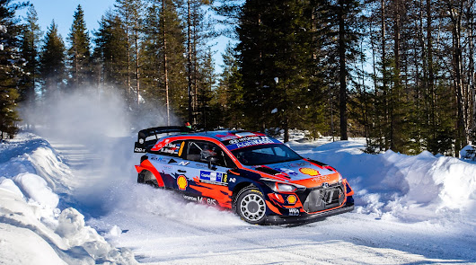 Hyundai consigue su primera victoria del Campeonato del Mundo de Rallys 2021