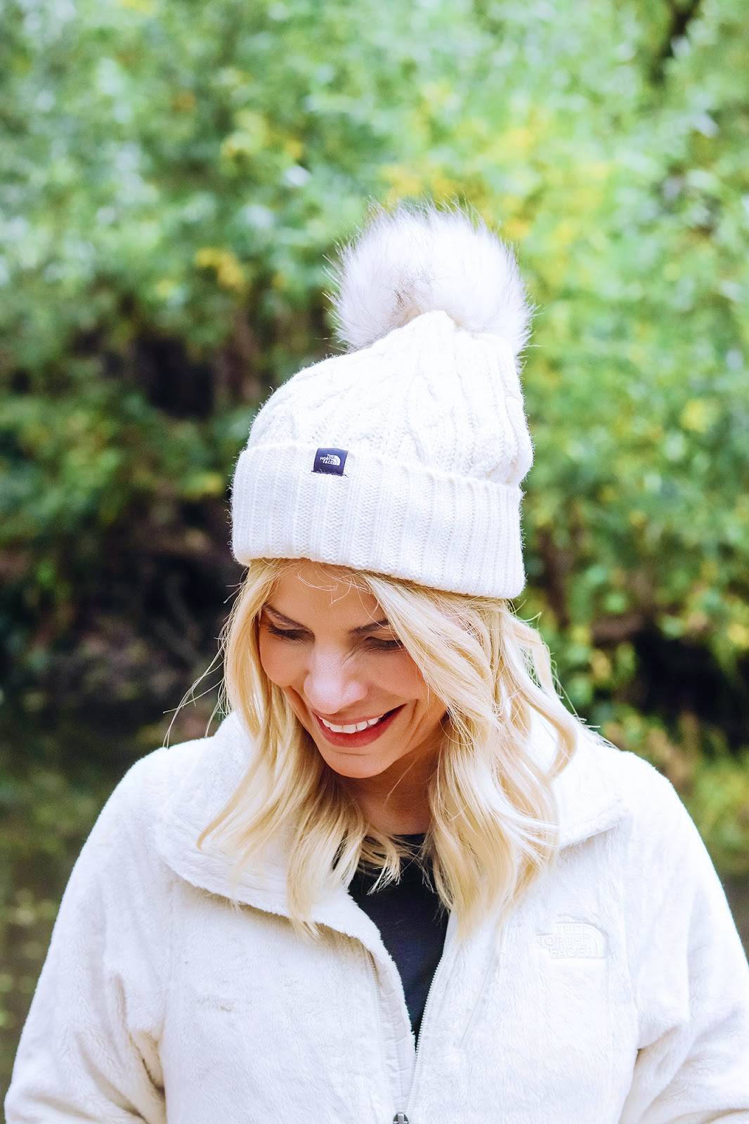 December Bucket List & Cozy Winter Wear - Our favorite things to do around the holiday season and our favorite The North Face products!