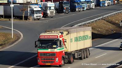 Photo: van den Bosch   -----> just take a look and enjoy www.truck-pics.eu