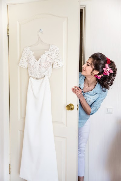 Wedding photographer Vitaliy Verkhoturov (verhoturov). Photo of 21.03.2019