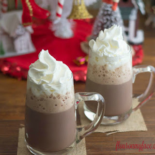 Homemade Peppermint Hot Cocoa