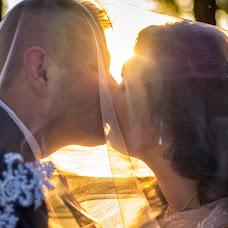 Wedding photographer Dénes Wallner (wallnerd). Photo of 18.10.2018