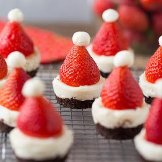 Mini No-Bake Santa Cheesecakes.