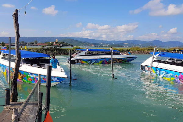 Depart by speed boat from Bang Rak Pier on Samui