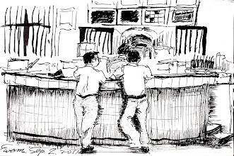 Photo: 交接班班時刻2011.09.02鋼筆 同仁一個個來到勤務中心閒聊,準備交接班…