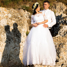 Wedding photographer Costin Banciu (CostinBanciu). Photo of 03.10.2016
