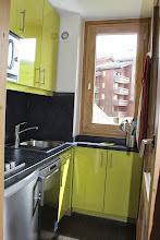 Photo: De la cuisine, accès direct au balcon.