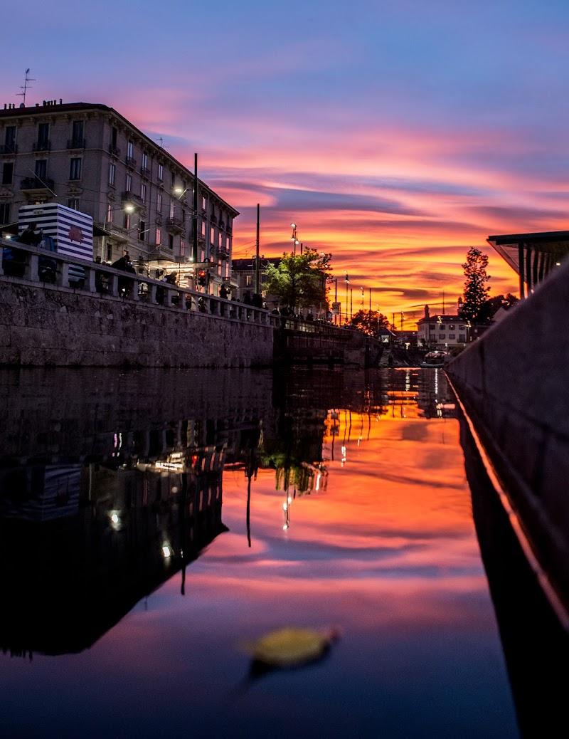 Milan's Sunset di LucaMonnereau