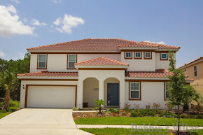 Orlando villa close to Disney, resort facilities, south-facing pool and spa, scenic view, games room