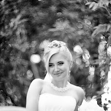 Wedding photographer Anastasiya Eroshkina (badart). Photo of 17.08.2013