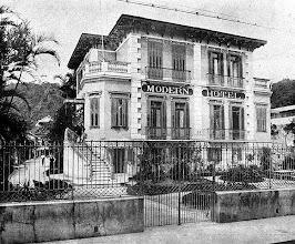 Photo: Modern Hotel. Identificação e data desconhecidos.