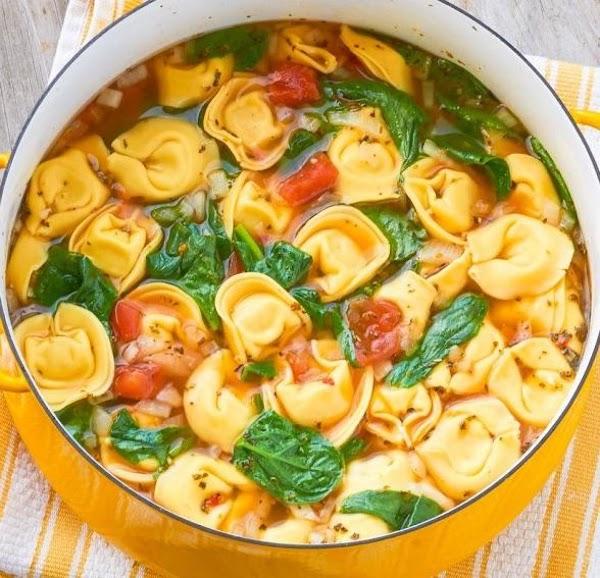 One Pot Tortellini Soup Recipe