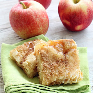 Apple Pie Sugar Cookie Bars.