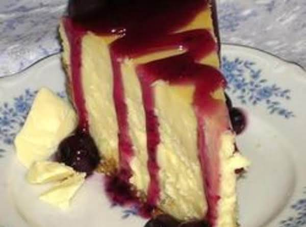 White Chocolate Almond Cheesecake