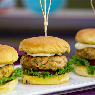 Grilled Salmon Burgers Recipe