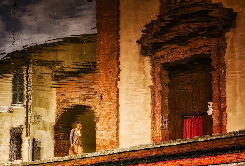 Andando alla messa .... a Comacchio di CarloBassi