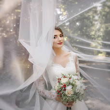 Wedding photographer Elena Timoschenko (photowedfamily). Photo of 22.03.2018