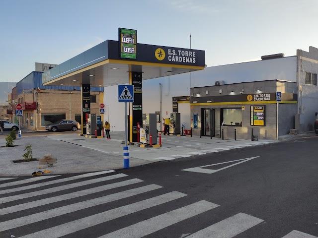 Diesel a 0.899 €/l, Sin PLomo a 1.059 €/l.