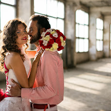 Wedding photographer Dmitriy Loginov (caramingo). Photo of 19.04.2016