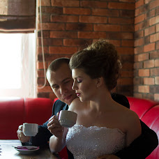 Wedding photographer Oksana Zemlyannikova (oksZem). Photo of 11.04.2015