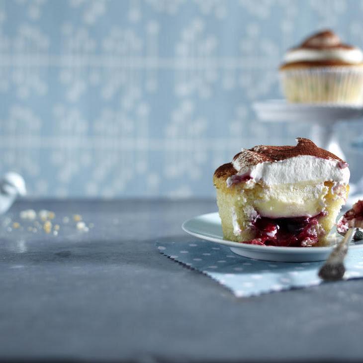 Redcurrant and Custard Cupcakes