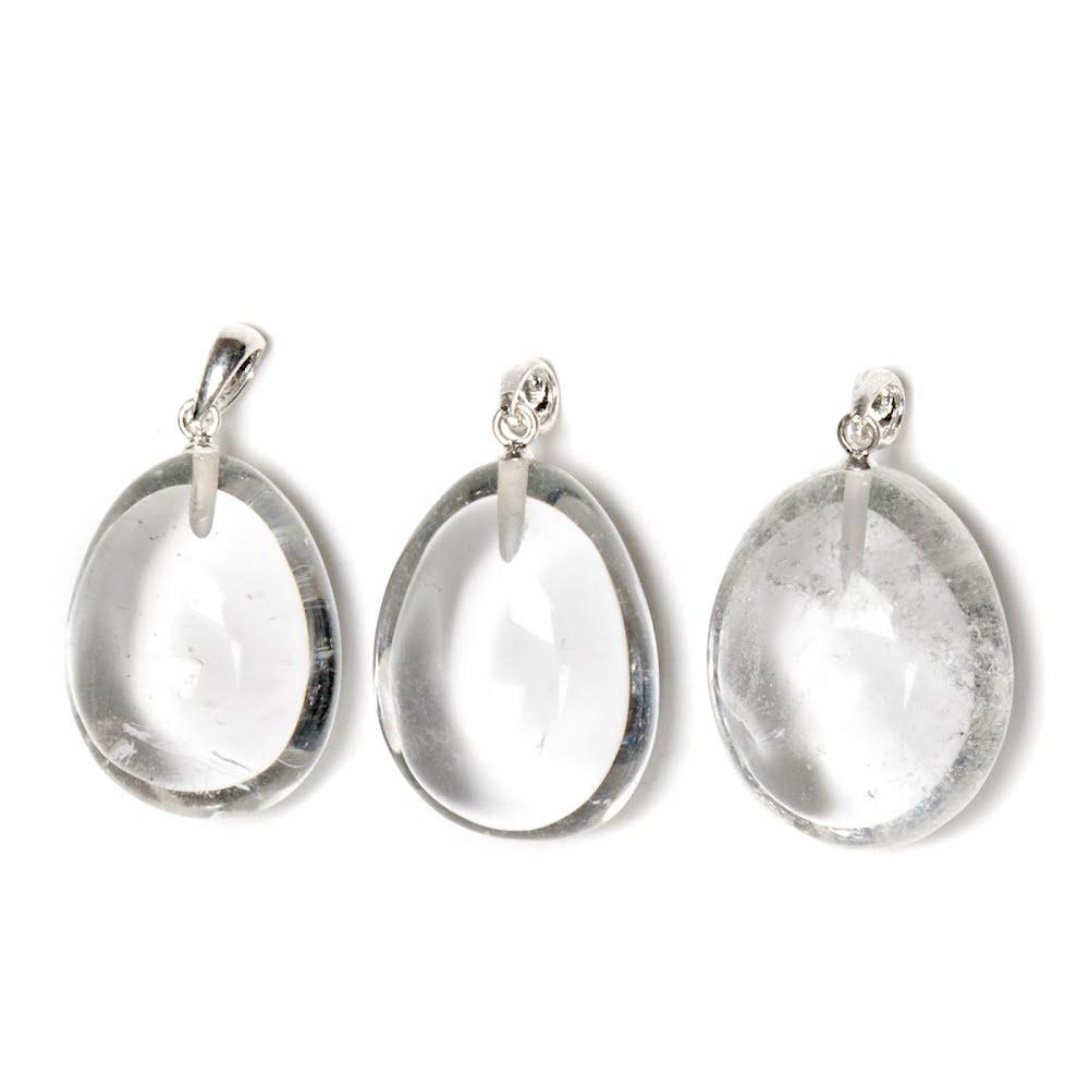 Bergkristall hänge med silverfäste