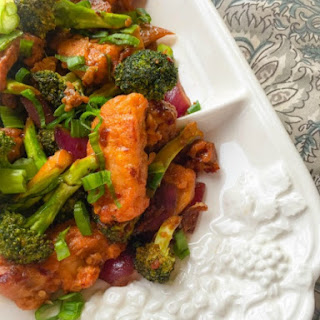 Quick Broccoli and Fish in Sweet and Spicy Sauce