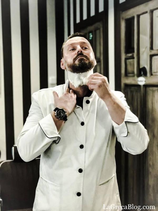 The Ritual of an Expert Barber
