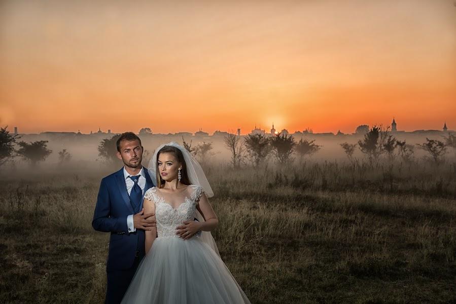 Wedding photographer Razvan Bolohoi (RazvanBolohoi). Photo of 18.08.2017