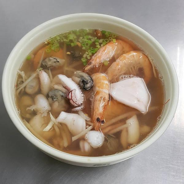 鮮甜海味的澎湃海鮮 香味海產粥
