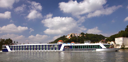 amadante-on-river.jpg - Explore historic sites and centuries-old castles along the Rhine and Danube on your AmaDante sailing.