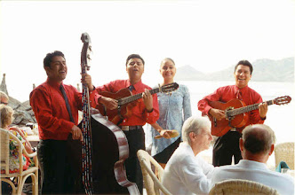 Photo: Serenaded by a Mariachi band at brunch.