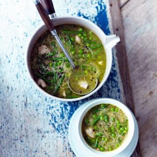 LOVElife Healthy chicken minestrone.