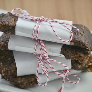 Chocolate Fudge Homemade Lara Bars.