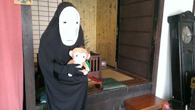 Photo: カオナシさんと記念撮影