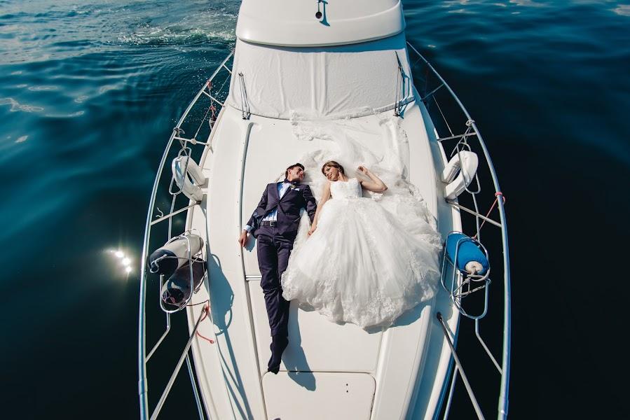 Wedding photographer Aleksandr Medvedenko (Bearman). Photo of 16.08.2016