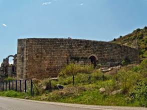 Photo: Perge - Theatre backwall