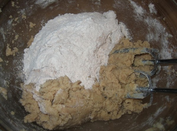Add dry ingredients to creamed mixture and mix well.