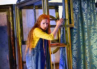 """Photo: LORTZINGS """"UNDINE"""" an der Wiener Staatsoper - Kinderfassung. Inszenierung: Alexander Medem. Premiere 18.4.2015. Annika Gerhards. Foto: Barbara Zeininger"""