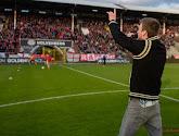 Steven Defour, Ritchie De Laet, Guido Belcanto, Tourist LeMC en vele anderen brengen het clublied van Antwerp vauit hun kot