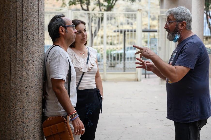 El poeta José Luis López Bretones, Montse y el actor Jesús Herrera, entre los asistentes.