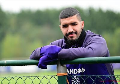 """Verguisde Anderlecht-man werkt hard aan terugkeer: """"Een of twee personen bij paars-wit hebben me teleurgesteld"""""""