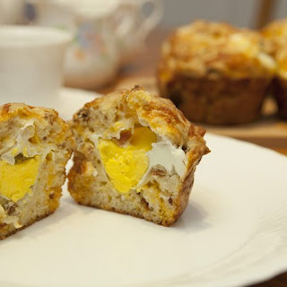 """Cheesy Bacon & Egg """"in a Basket"""" Muffins Recipe"""