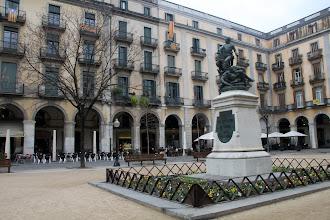 Photo: ... Plaça de la Independència ...