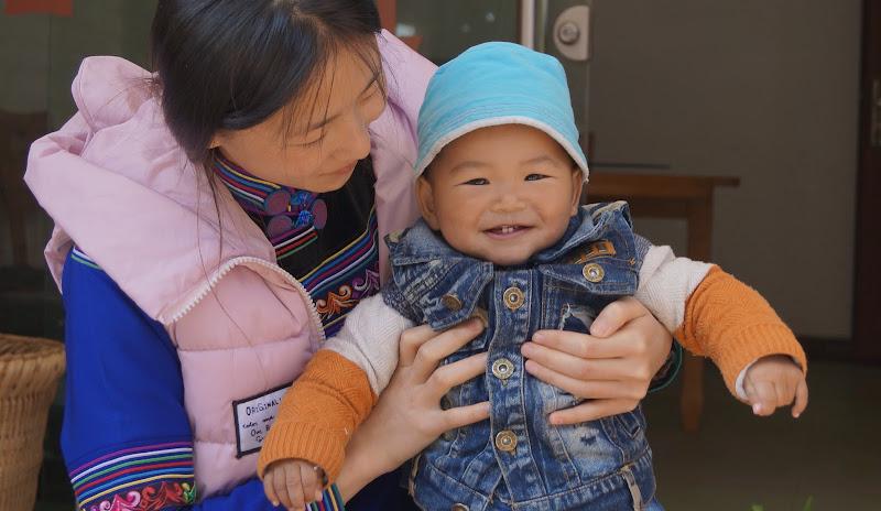Ritratto di una Cina ancora sorridente.. di Astrik